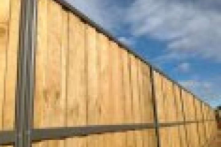 Alumitec Lap and Cap Timber Fencing 720 480