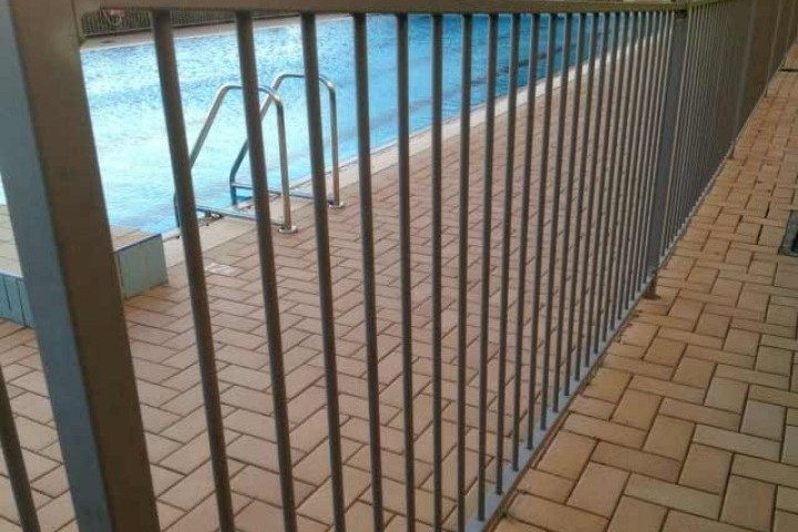 Temporary Fencing Suppliers Pool fencing 720 480